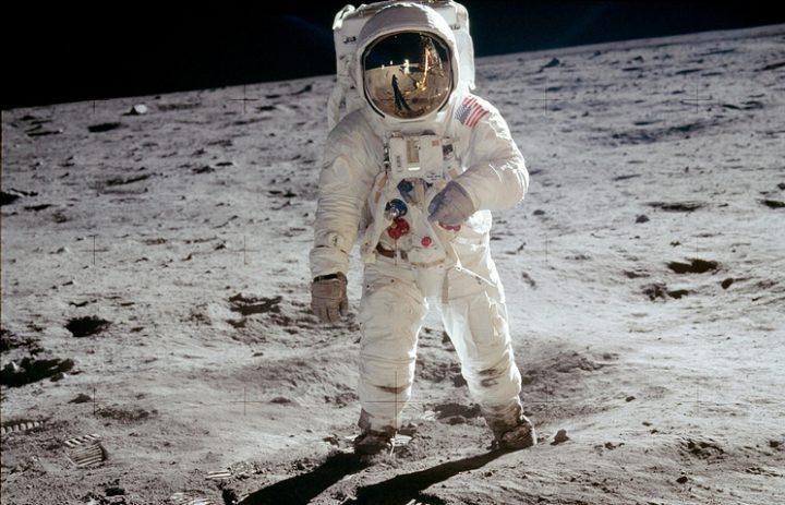 """Резултат с изображение за """"Аполо 17 на НАСА"""""""""""