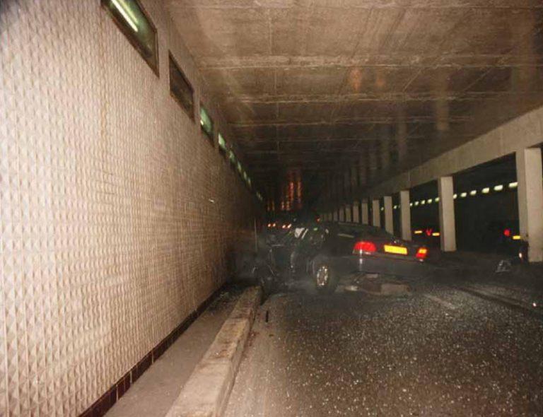 Катастрофата на Принцеса Даяна, тунелът Pont de l'alma