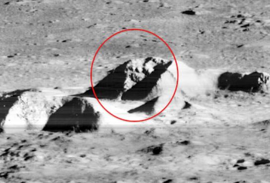 Странните обекти на Луната не намират разумно обяснение от нито един служител на НАСА