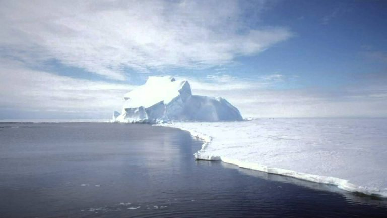 езеро антарктида